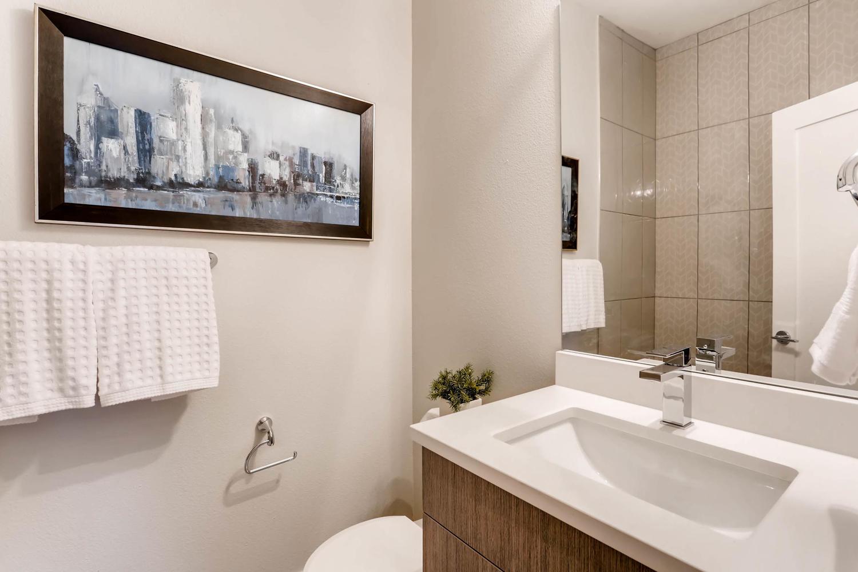 3600 Kalamath St Denver CO-large-022-24-Bathroom-1500x1000-72dpi
