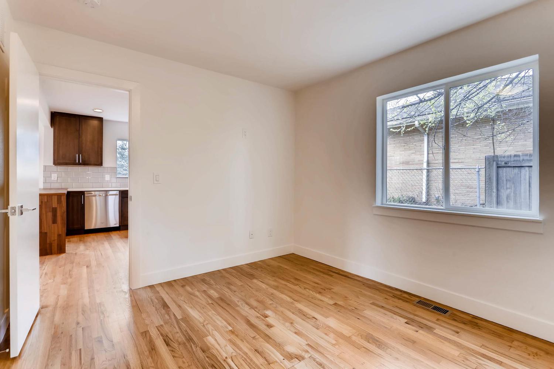 3127 Saint Paul st Denver CO-large-015-14-Master Bedroom-1500x1000-72dpi