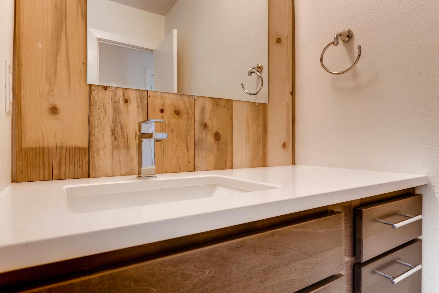 3127 Saint Paul st Denver CO-large-021-22-Bathroom-1500x1000-72dpi