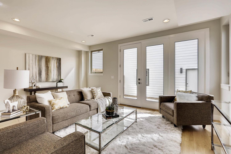 1350 Ivy Street Denver CO-large-004-2-Living Room-1500x1000-72dpi