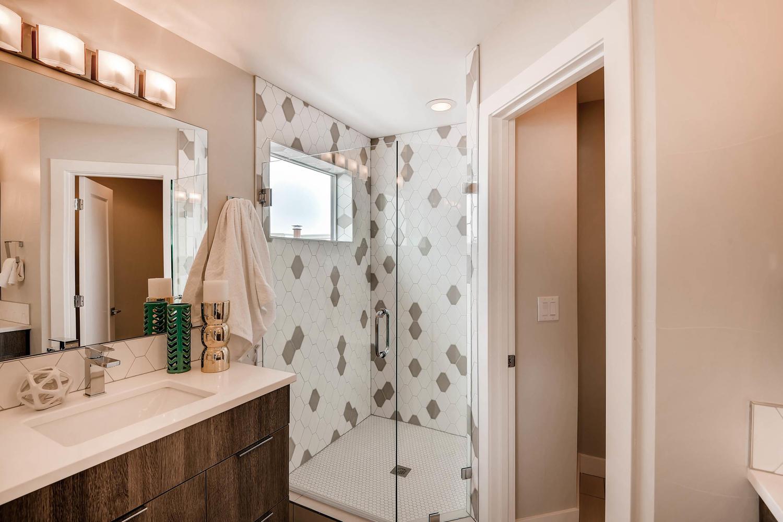 2214 w 32nd ave Denver CO-large-018-9-2nd Floor Master Bathroom-1500x1000-72dpi