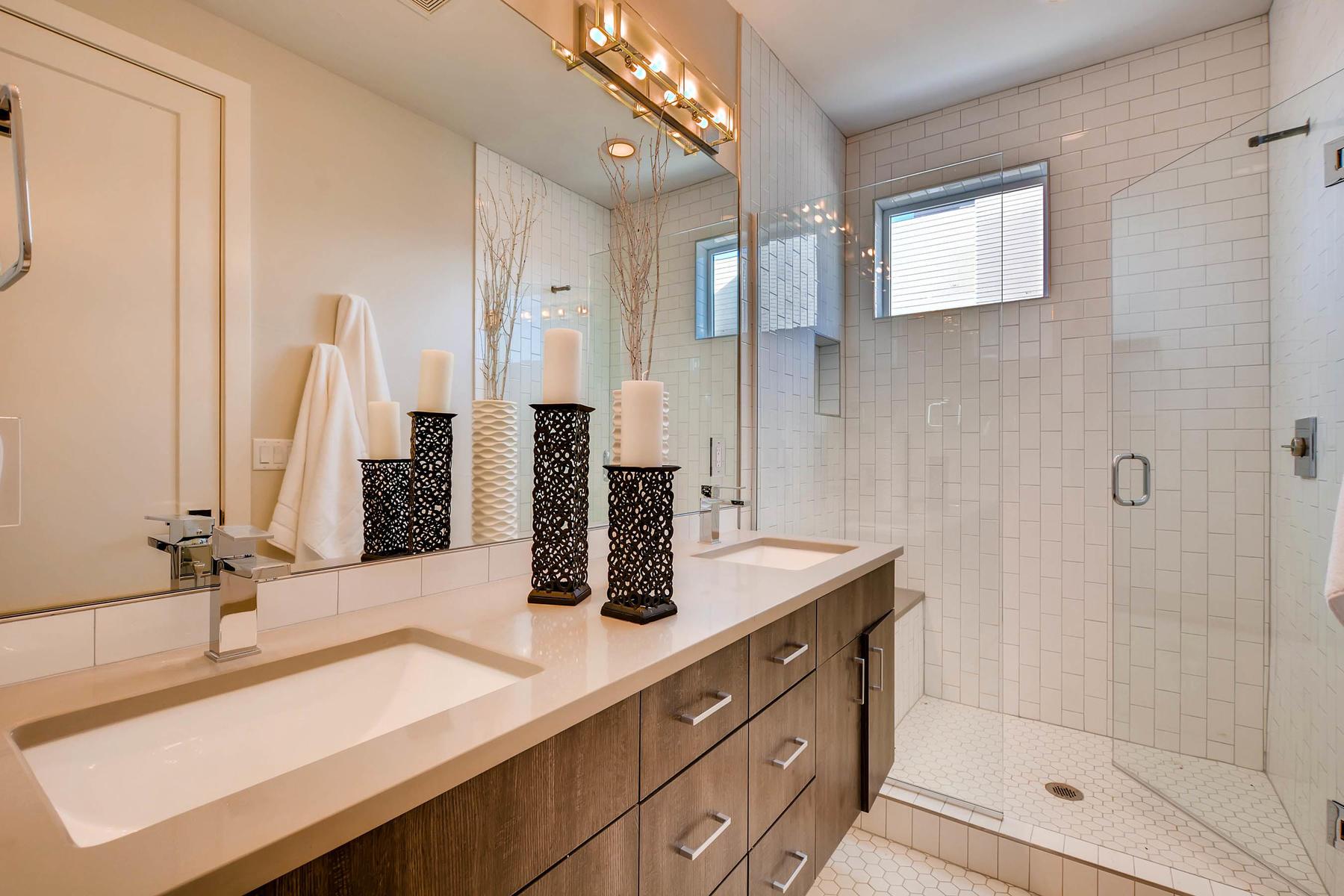 4605 Shoshone St Denver CO-MLS_Size-015-26-2nd Floor Master Bathroom-1800x1200-72dpi