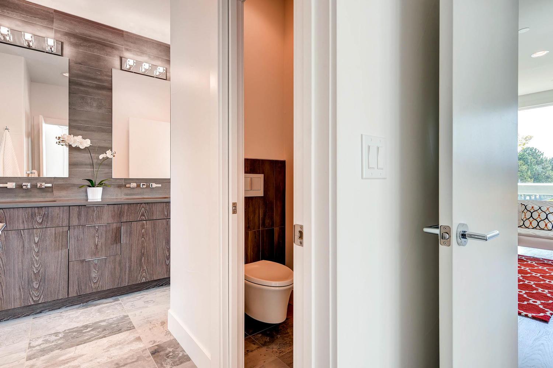 1802 Julian St Denver CO 80204-large-026-18-3rd Floor Master Bathroom-1500x1000-72dpi