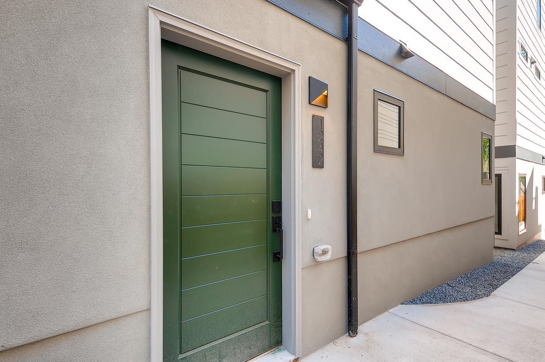 1242-Newton-St-Denver-CO-80204-large-009-001-Exterior-Front-Entry-1500x997-72dpi