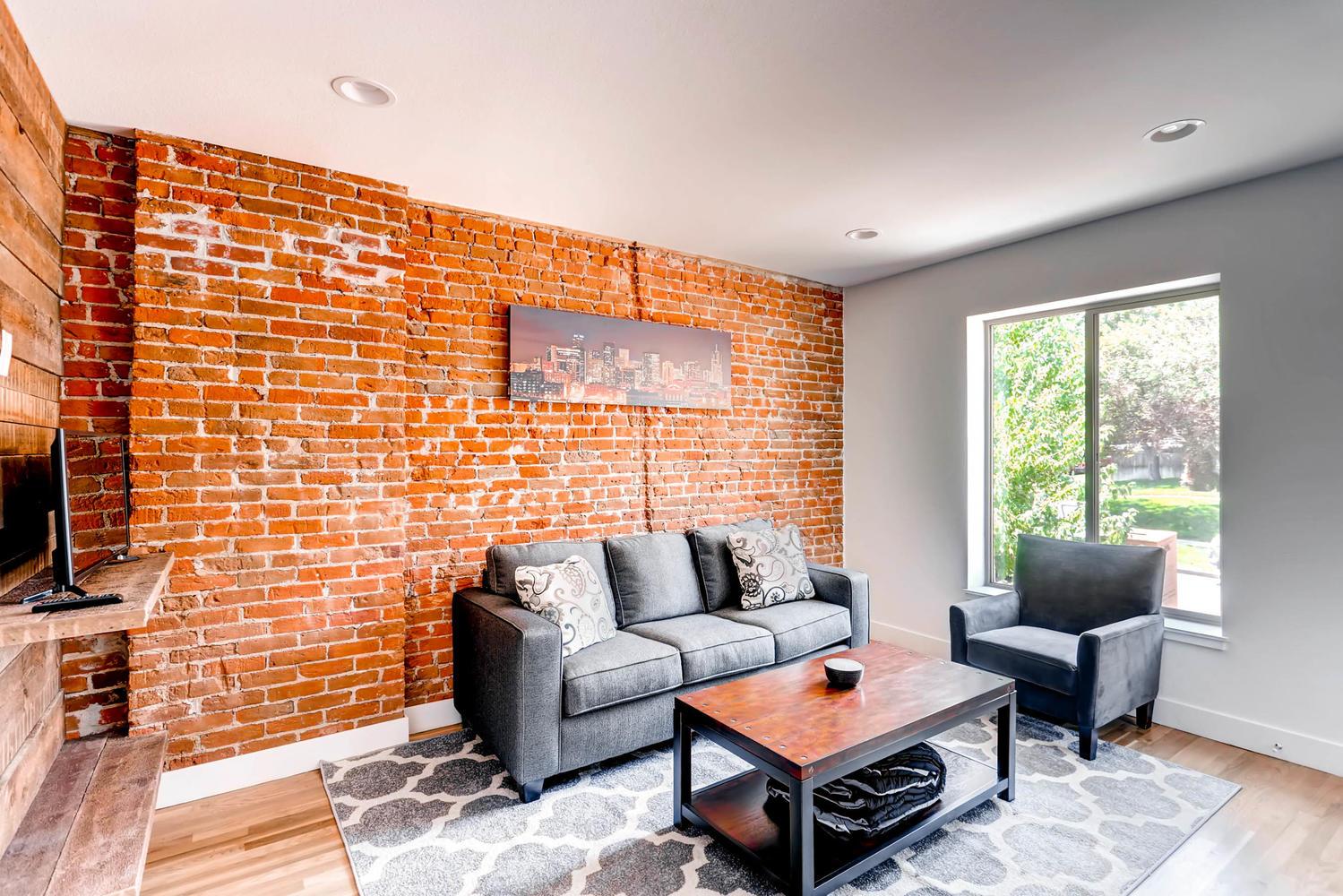 3102 Vallejo St Denver CO-large-002-24-Living Room-1500x1000-72dpi