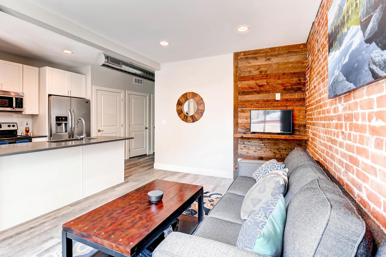 3102 Vallejo St Denver CO-large-003-3-Living Room-1500x1000-72dpi