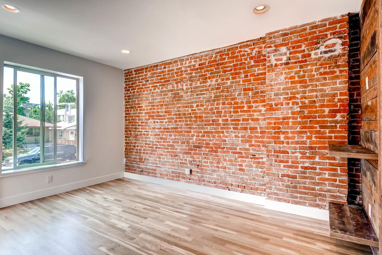 3102 Vallejo St Denver CO-large-005-15-Living Room-1499x1000-72dpi