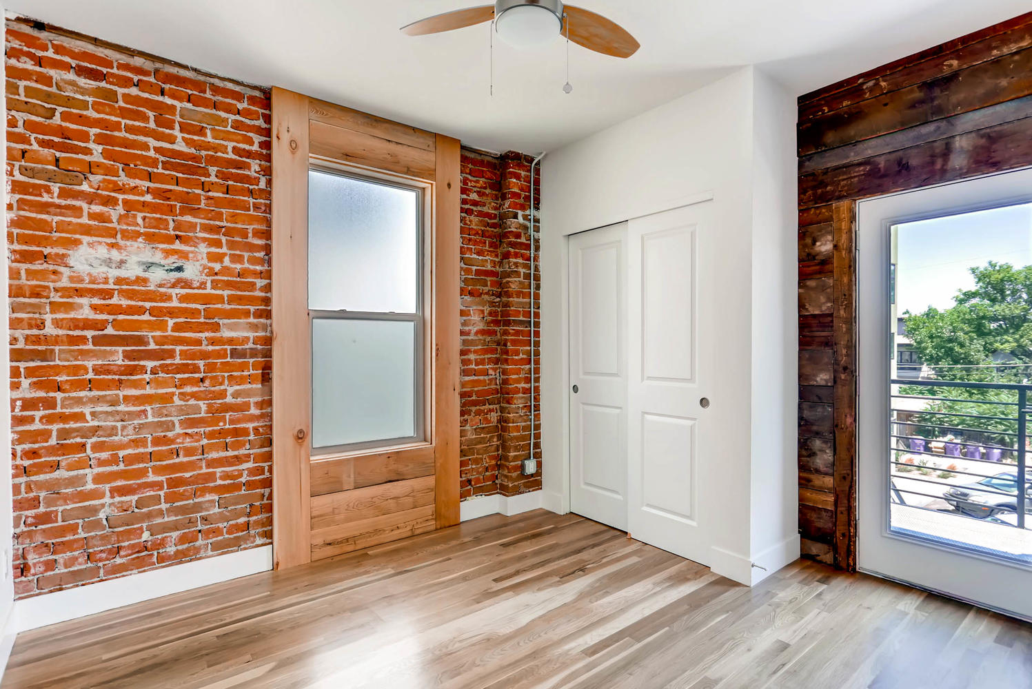 3102 Vallejo St Denver CO-large-006-9-Living Room-1497x1000-72dpi