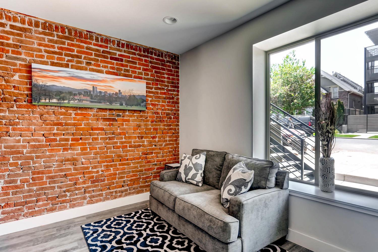 3102 Vallejo St Denver CO-large-007-26-Living Room-1500x1000-72dpi